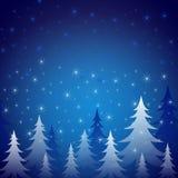 Notte della neve degli alberi di inverno illustrazione di stock
