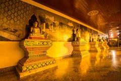 Notte della statua di Buddha in Doi Suthep, Chiang Mai, Tailandia Fotografie Stock