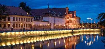 Notte di architettura di Wroclaw Fotografia Stock Libera da Diritti