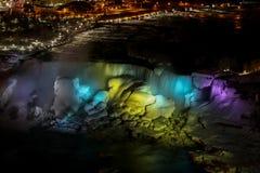 Notte di cascate del Niagara Fotografie Stock