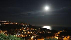 Notte di estate calma della luna piena fotografia stock