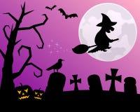 Notte di Halloween con la strega Immagine Stock Libera da Diritti