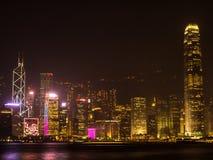 Notte di Hong Kong. Fucilazione da Kowloon. Fotografia Stock Libera da Diritti
