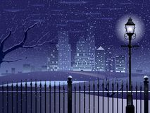 Notte di inverno di paesaggio urbano Immagini Stock Libere da Diritti