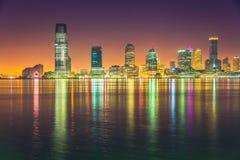 Notte di Jersey City, Hudson River Immagini Stock Libere da Diritti