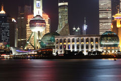 Notte di Shanghai fotografie stock