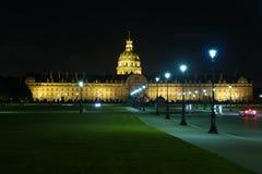 Notte Les Invalides a Parigi, Francia. Fotografia Stock Libera da Diritti