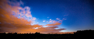 Notte nei campi Fotografia Stock Libera da Diritti