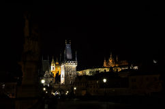 Notte Prag - nocni Praga di Hradcana Immagini Stock Libere da Diritti