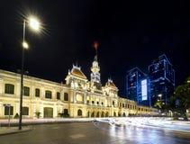 Notte reale del palazzo di architettura, Fotografie Stock