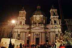 Notte Sant Agnese Church in piazza Navona a Roma, Italia Immagini Stock