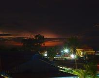 Notte Siem Reap e temporale sopra l'orizzonte Immagini Stock