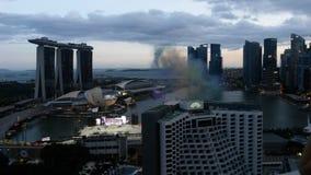 Notte Singapur dell'orizzonte Fotografia Stock Libera da Diritti