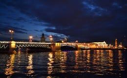 Notte St Petersburg fotografia stock