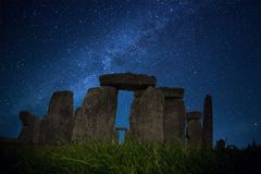 Notte Stonehenge di SaliStarry Fotografia Stock Libera da Diritti