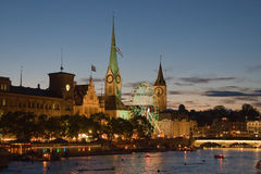 Notte a Zurigo fotografia stock libera da diritti