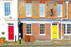 notting περιοχή λόφων στην παλαιά προαστιακή πόρτα τοίχων του Λονδίνου στοκ εικόνα με δικαίωμα ελεύθερης χρήσης