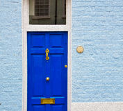 Notting hill in london england olod suburban and antique wall do Stock Images