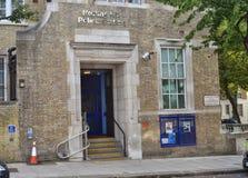 Notting Hill London polisstation Royaltyfri Foto