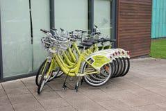 Nottingham bike hire. Bikes available from the Nottinhamshire Council scheme at Highfields Park, Beeston Stock Photography