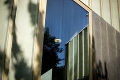 Nottingham, Nottinghamshire, Regno Unito, ottobre 2010, esterno di Nottingham Art Gallery contemporaneo fotografia stock