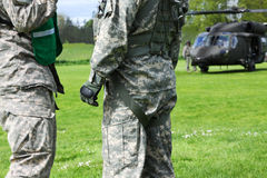 Notunfall Blackhawk-Hubschrauber-Evakuierung lizenzfreies stockbild