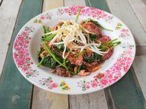 Nouille avec du porc en soja sauced Photos stock
