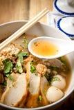 Nouille thaïe épicée. Photos stock