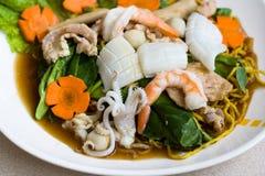 Nouille thaïlandaise de fruits de mer photographie stock libre de droits