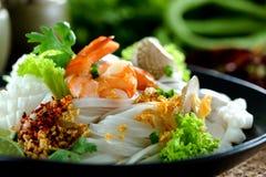 Nouille Tom yum, nourriture thaïlandaise photographie stock libre de droits