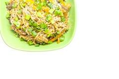 Nouilles asiatiques avec des légumes Photographie stock libre de droits