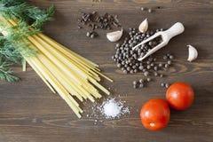 Nouilles avec des épices Photo stock