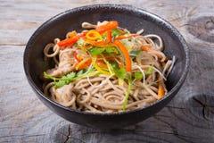 Nouilles de wok de Soba Photographie stock