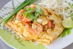 Nouilles frites thaïlandaises Images libres de droits