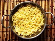 Nouilles jaunes asiatiques Image libre de droits