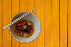 Nouilles sèches populaires de l'Asie Images stock