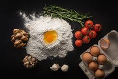 Nourriture biologique, faisant cuire le concept photo libre de droits