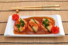 Nourriture chinoise - le gourmet a grillé des crevettes roses de tigre de roi Images stock