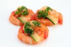 Nourriture chinoise - le gourmet a grillé des crevettes roses de tigre de roi sur le blanc Photo libre de droits
