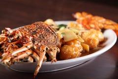 Nourriture chinoise savoureuse et chaude photo stock