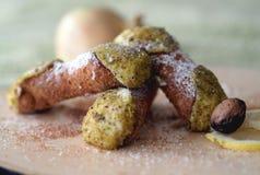 Nourriture classique italienne - cannoli sicilien photos libres de droits