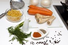 Nourriture crue et cuisson Images libres de droits