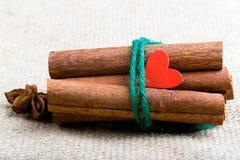 Nourriture cuite avec amour Le jour de Valentine Image stock