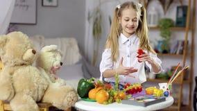 Nourriture décorative de fruit banque de vidéos