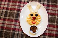 Nourriture d'amusement pour des enfants Photographie stock