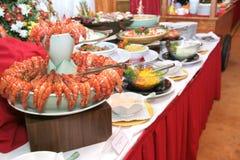 Nourriture dans le dîner de buffet image libre de droits