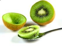 Nourriture de kiwi ! Photo stock