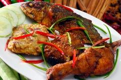 Nourriture de l'Asie et nourriture grillée images libres de droits