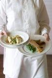 Nourriture de mariage étant servie Photographie stock