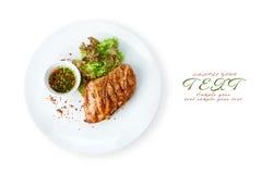 Nourriture de restaurant - bifteck grillé par filet de poulet photos stock